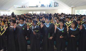 Solemne Graduación 2016 en la UnACh