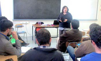 Jornada de Actualización en el Decreto Número 83 para Estudiantes de Pedagogía en Historia y Geografía