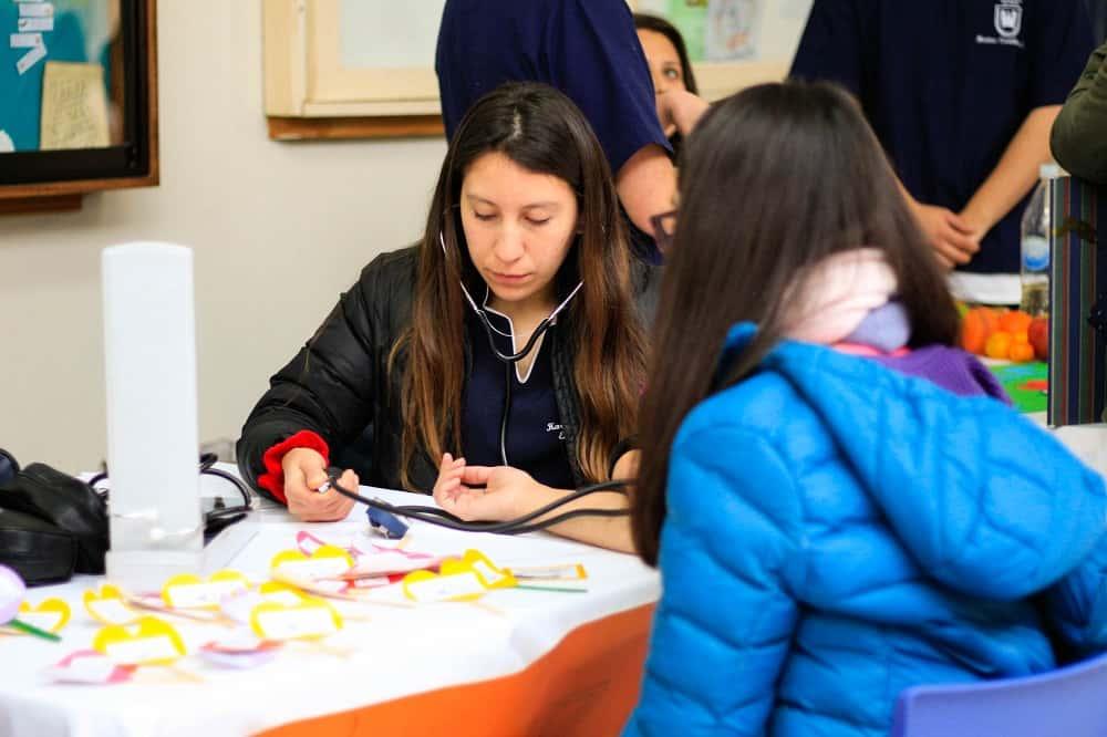 Alumnos de Enfermería Organizan Expo Salud