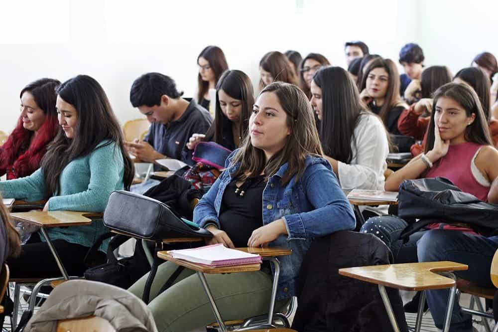 Centro de Apoyo Académico al Estudiante Realiza Programas de Nivelación