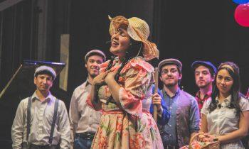 """Gran Presentación de """"La Pérgola de las Flores"""" en Teatro Municipal de Chillán"""