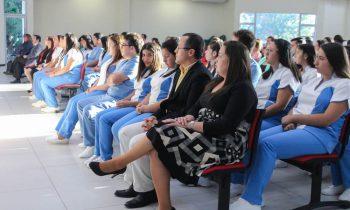 Emotiva Investidura de carrera de Técnico de Nivel Superior en Enfermería