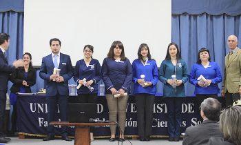 Facultad de Educación y Ciencias Sociales Realiza Solemne Ceremonia de Práctica Profesional