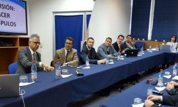 Docentes de Teología Sostienen Reunión con Líder de la Iglesia Sudamericana