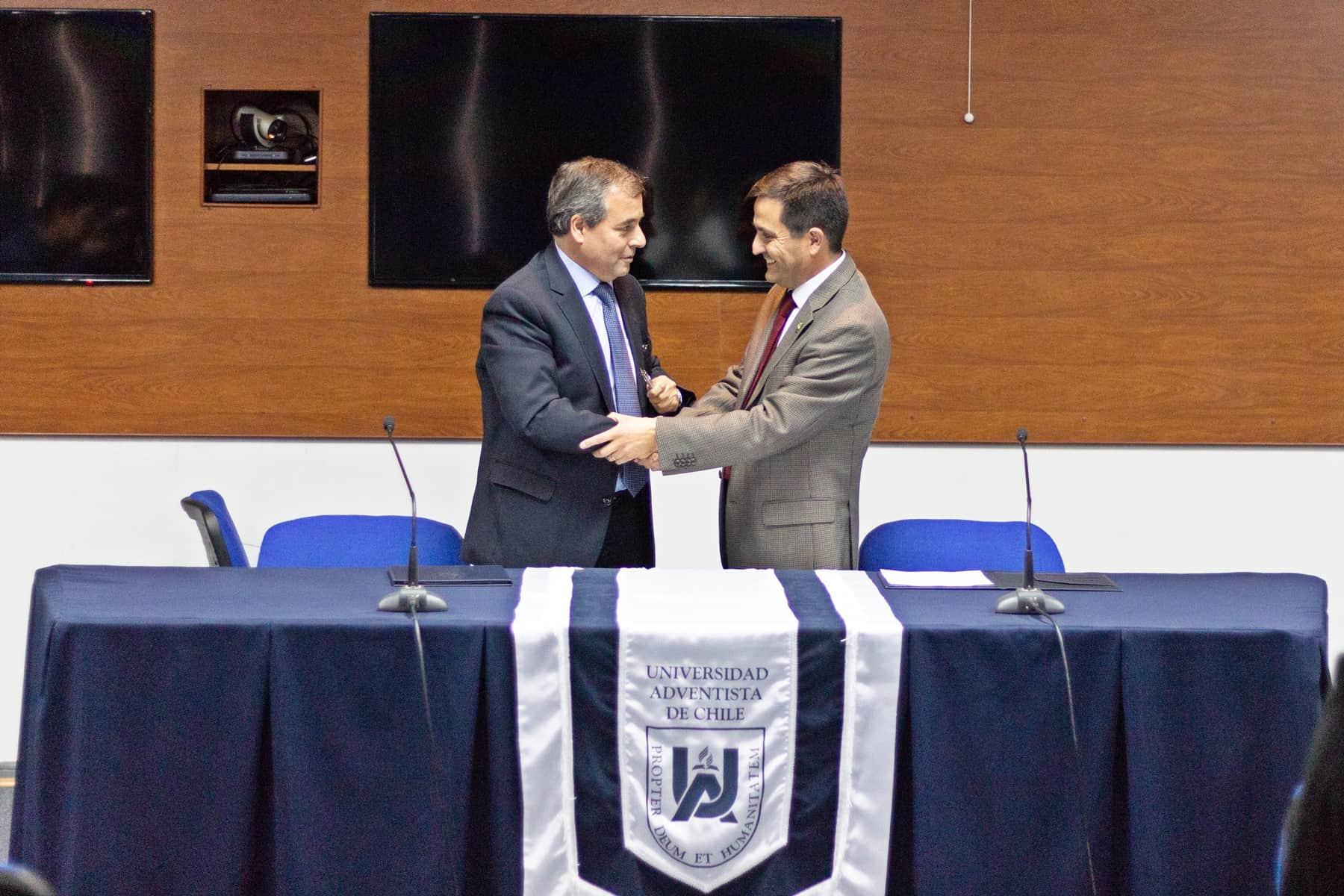 UnACh Oficializa Convenio con INIA