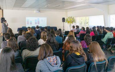 Director de APLICAE dictó Conferencias en la UnACh