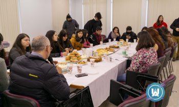 Primer encuentro de debate de alumnos de la carrera de Pedagogía en Educación General Básica