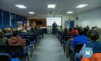 Facultad de Educación y Ciencias Sociales (FECS) realizó Jornada de Actualización a asistentes de la Educación