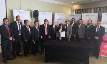 LA UnACh firma convenio con Centro Educacional Adventista de los Ángeles (Ceala)