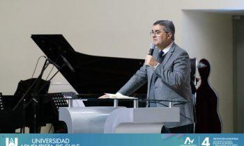 Pastor Erton Köhler, Presidente de la DSA visita la UnACh
