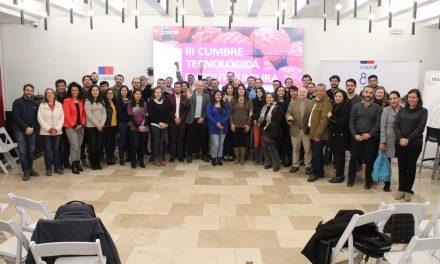 UnACh participó en la III Cumbre Tecnológica en Fruticultura organizada por la Corfo.