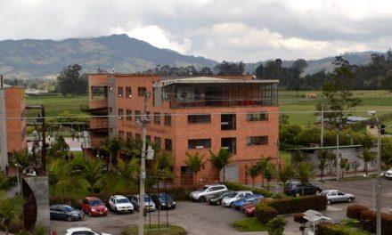 Facultad de Ingeniería y Negocios de la UNACH realiza Primer Aula Espejo con la Universidad de Cundinamarca, Colombia