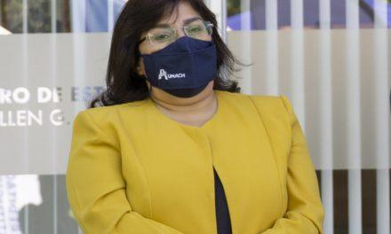 Vicerrectora Académica de la Unach habla sobre el proceso de Admisión y Traslado.
